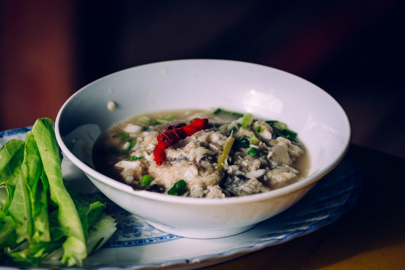 Gęsta zupa rybna. Kolejny laotański specjał