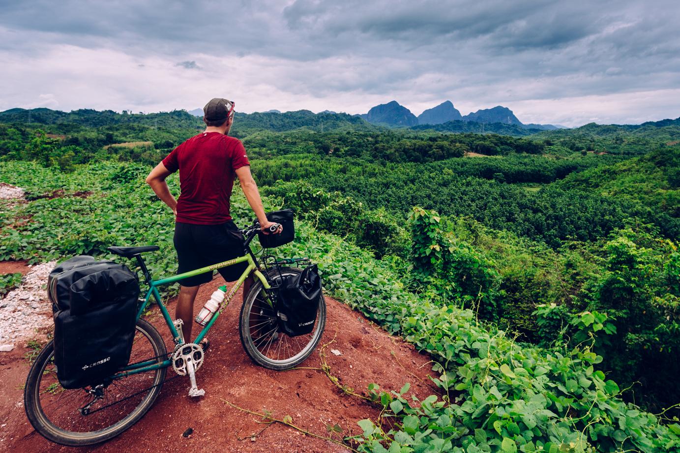 Leniwy Laos